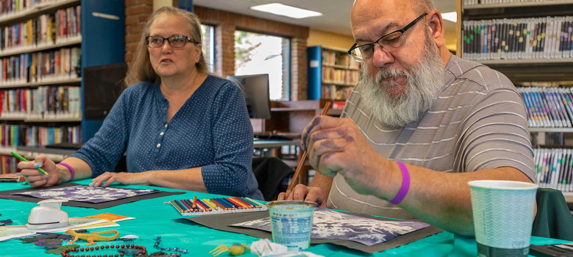 Brandi and Bob regularly attend the Memory Cafés and enjoy meeting new people. Bob has met people who remind him that he once had great skill as a negotiator. Making connections adds relevance to his life beyond his diagnosis.