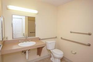 St. Pius Place - Bathroom